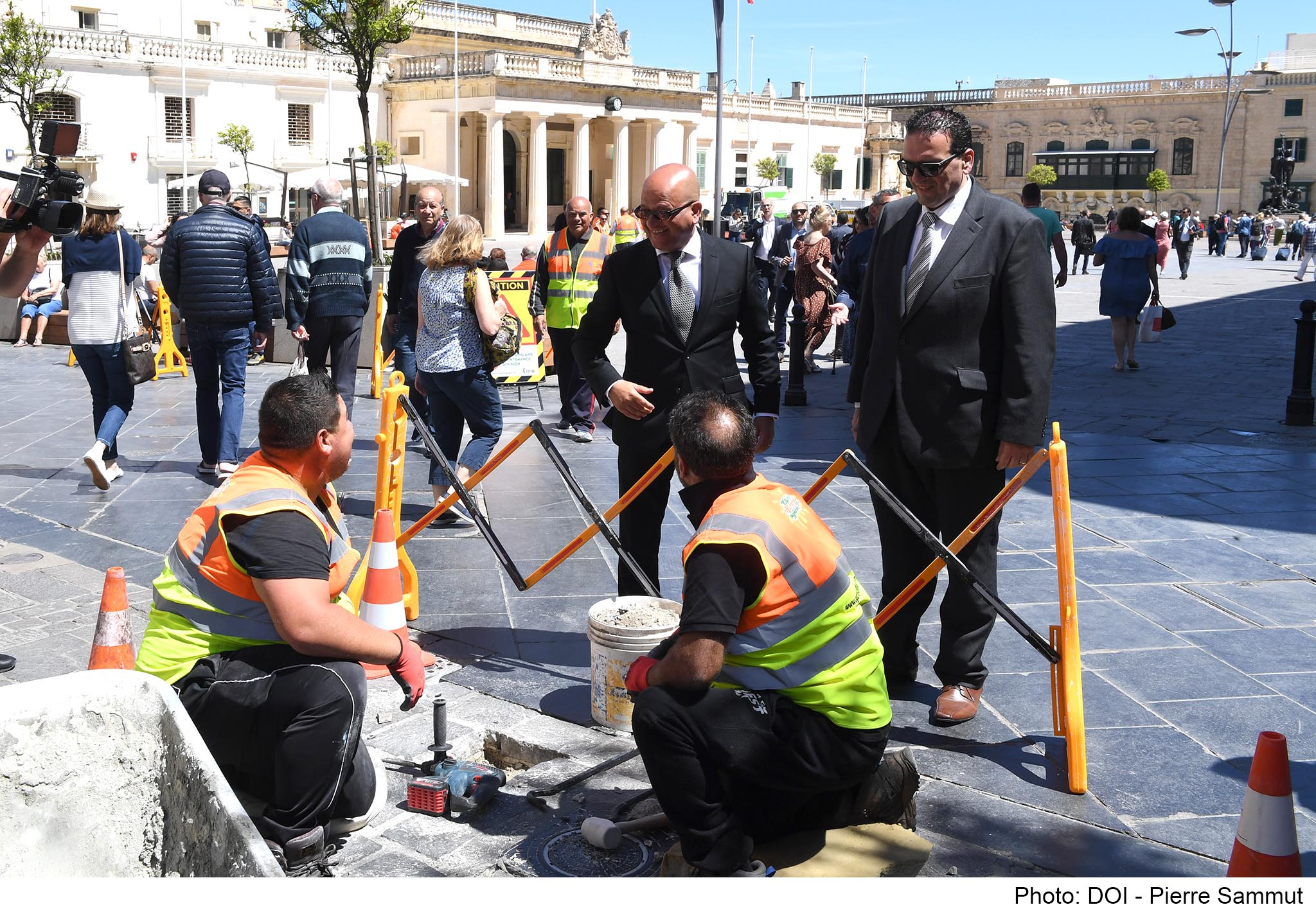PRESS RELEASE BY THE MINISTRY FOR JUSTICE, CULTURE AND LOCAL GOVERNMENT AND THE PARLIAMENTARY SECRETARIAT FOR CONSUMER RIGHTS, PUBLIC CLEANSING AND SUPPORT FOR THE CAPITAL More than €250,000 investment for cleansing and maintenance for the upkeep of Vall