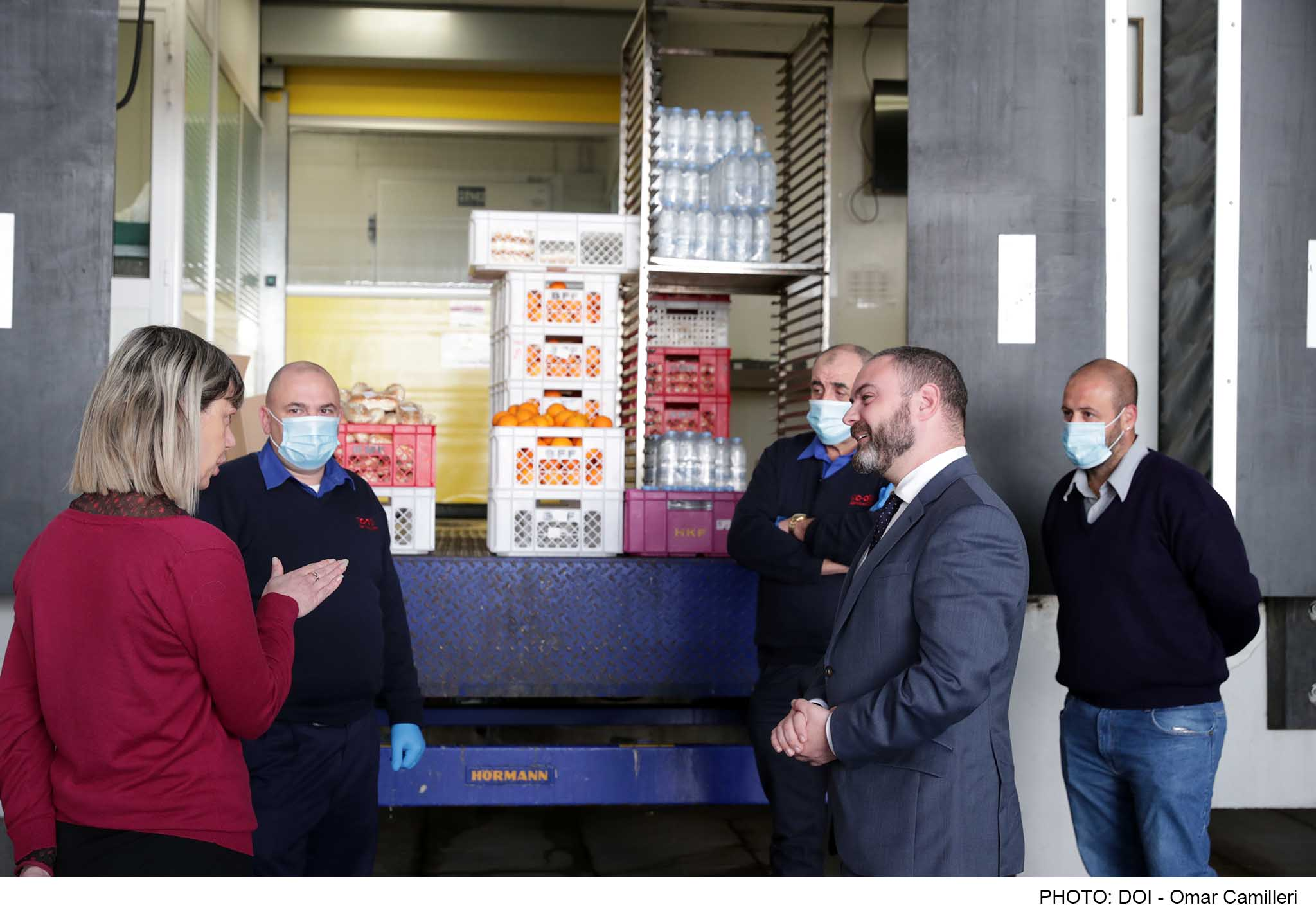 "PRESS RELEASE BY THE MINISTRY FOR EDUCATION AND EMPLOYMENT ""The distribution of lunches to students is in itself an expression of solidarity"" - Minister Owen Bonnici"