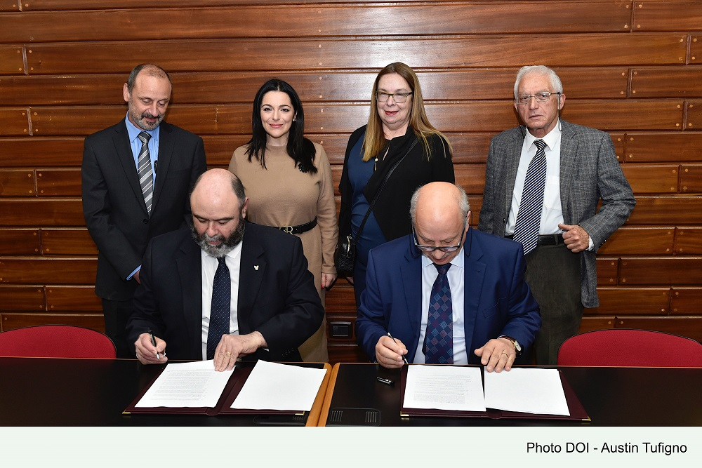 PRESS RELEASE BY THE MINISTRY FOR TOURISM AND CONSUMER PROTECTION: Malta Tourism Authority to provide the University of Malta with a yearly grant of €5000