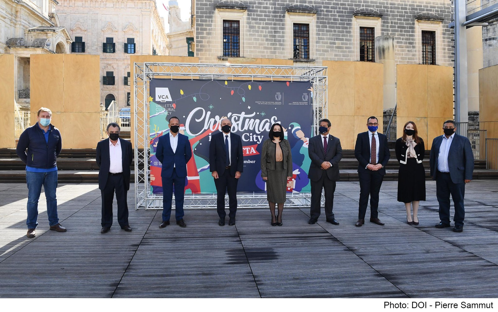 PRESS RELEASE BY THE MINISTRY FOR TOURISM AND CONSUMER PROTECTION AND THE MINISTRY FOR NATIONAL HERITAGE, THE ARTS AND LOCAL GOVERNMENT  Launch of Christmas in the City